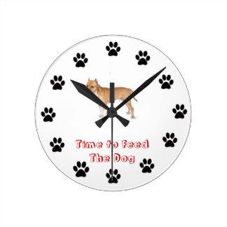 犬のピットブルを食べ物を与える時間 ラウンド壁時計