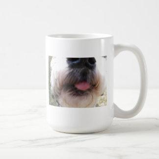 犬のマグを舐めること コーヒーマグカップ