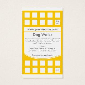 犬の歩くの名刺のロイヤリティカード 名刺