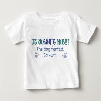 犬は屁をしました ベビーTシャツ