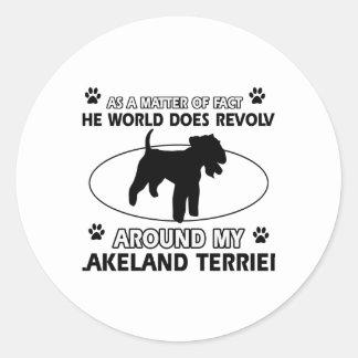 犬は私のレークランドテリアのまわりで回転します ラウンドシール