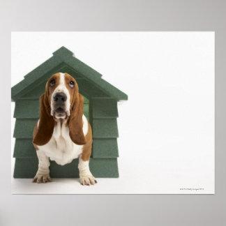 犬小屋による犬 ポスター
