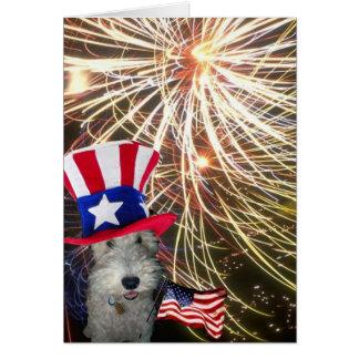 独立記念日を祝っているワイヤーフォックステリア犬 カード