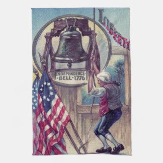 独立鐘の鳴る米国旗 キッチンタオル