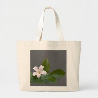 独身ので白い花 ラージトートバッグ