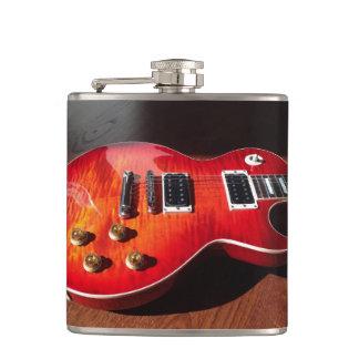 猛烈なエレキギターのフラスコ フラスク