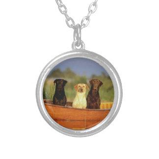 猟犬 シルバープレートネックレス
