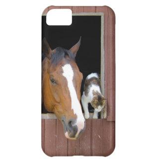 猫および馬-馬牧場-馬好き iPhone5Cケース