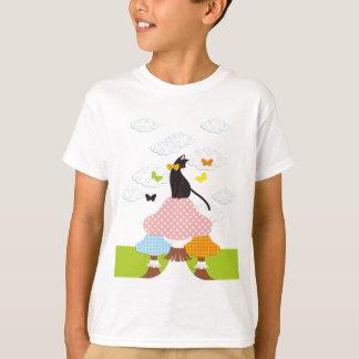 猫とキノコと蝶(Cat with mushrooms and butterflies) Tシャツ