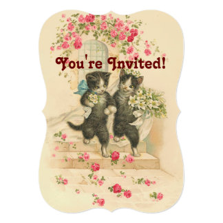 猫のカップルの柔らかい金ゴールドの招待状を結婚するヴィンテージ カード