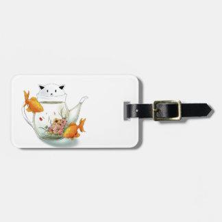 猫のティーポットおよび金魚の花盛りの茶 ラゲッジタグ