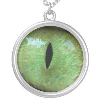 猫のネックレス(緑)の目 シルバープレートネックレス