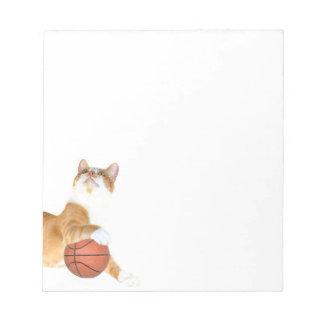 猫のバスケットボール ノートパッド
