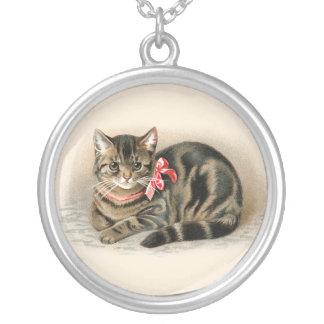 猫の吊り下げ式のかわいいヴィンテージ猫のネックレスのジュエリー シルバープレートネックレス