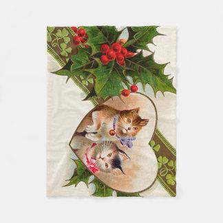 猫の子ネコのハートのシャムロックのヒイラギ フリースブランケット