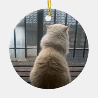 猫の脱出のオーナメント セラミックオーナメント