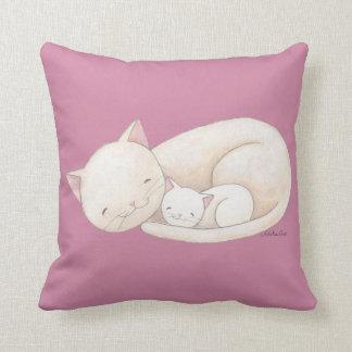 猫の芸術の枕猫のお母さん及び赤ん坊猫の装飾用クッション クッション