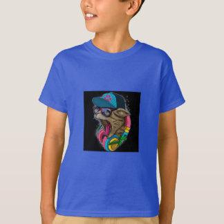 猫を叩いているクールなギャング Tシャツ