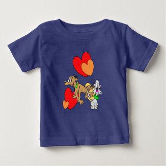 猫及び犬の漫画のベビーのジャージーのTシャツ ベビーTシャツ