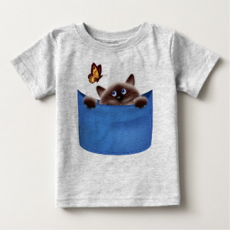 猫及び蝶 ベビーTシャツ
