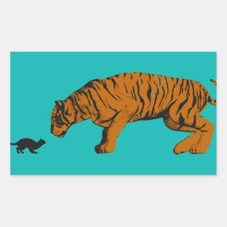 猫対戦うか、または取ること準備ができたトラ 長方形シール