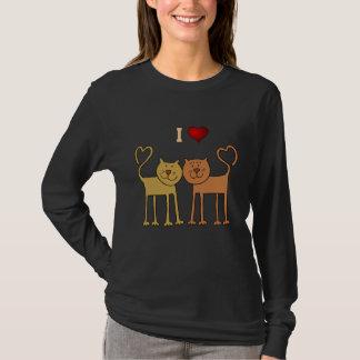 猫: 私は猫のTシャツを愛します Tシャツ