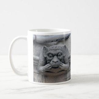 猿およびヒヒのガーゴイルのマグ コーヒーマグカップ