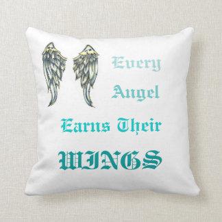 獲得の天使の翼 クッション