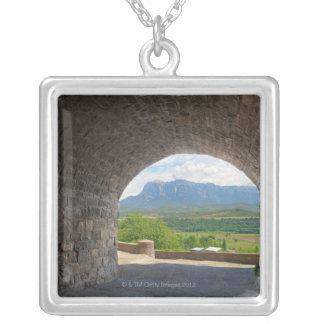 玉石の道、ピレネー山脈山 シルバープレートネックレス