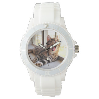 王位の白い腕時計 腕時計