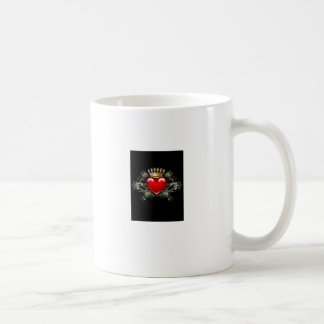 王冠およびハート コーヒーマグカップ