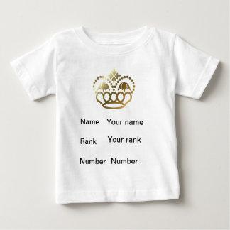 王冠、名前、ランク、数、ベビーの白 ベビーTシャツ