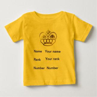 王冠、名前、ランク、数、ベビーの黄色 ベビーTシャツ