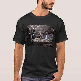 王室のなフラッシュ Tシャツ