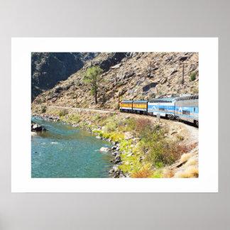 王室のな峡谷の列車 ポスター