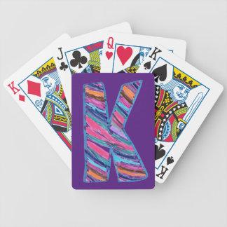 王室のな紫色のケイのようにカラフルな手紙K バイスクルトランプ