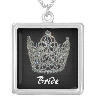 王室のな結婚式または花嫁のティアラの王冠 シルバープレートネックレス
