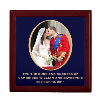 王室のな結婚式 ギフトボックス