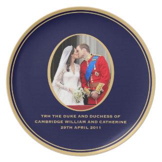 王室のな結婚式 プレート