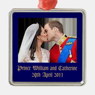 王室のな結婚式 メタルオーナメント