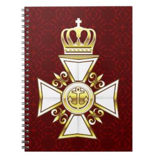 王室のな金ゴールドの白い海軍殊勲十字章 ノートブック