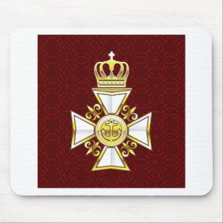 王室のな金ゴールドの白い海軍殊勲十字章 マウスパッド