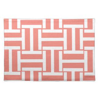 珊瑚および白いTの織り方 ランチョンマット