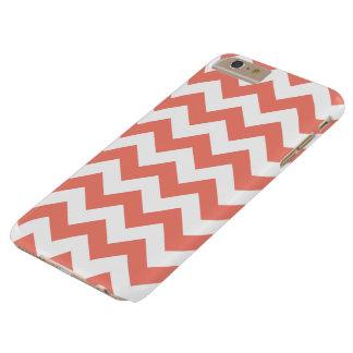 珊瑚のジグザグ形のシェブロンのiPhone 6のプラスの場合 Barely There iPhone 6 Plus ケース