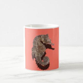珊瑚のタツノオトシゴのマグ コーヒーマグカップ