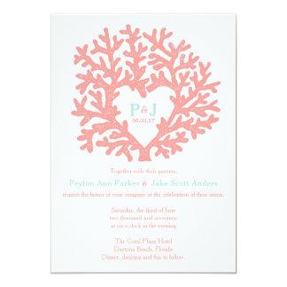 珊瑚のハートの水のビーチ結婚式の招待状 カード