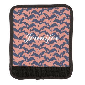珊瑚のピンクおよび濃紺の馬の群れパターン ラゲッジ ハンドルラップ