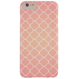 珊瑚のピンクのクローバーパターン BARELY THERE iPhone 6 PLUS ケース