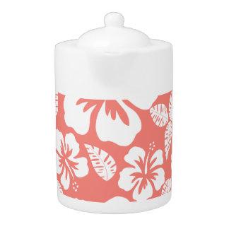 珊瑚のピンクの熱帯ハイビスカス