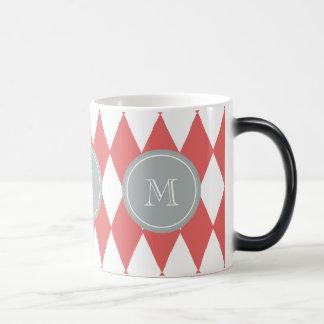 珊瑚の白い道化師パターン、灰色のモノグラム モーフィングマグカップ